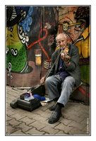 Old man with a fiddle by ~minimaOroccas on deviantART