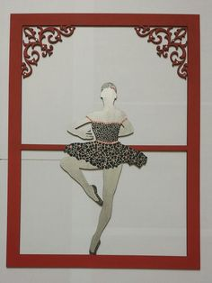 bailarina de MDF em mosaico de casca de ovo e pequenas aplicações de lantejoula em forma de estrela