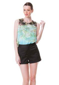 COLLECTIVE.COM Yankie Printed sleeveless blouse