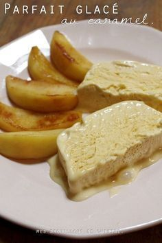 Parfait glacé au caramel salé et pommes poêlées – Mes brouillons de cuisine