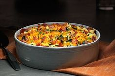 Make ahead eģg bake. Discover the magic of combining spinach, cheese and bacon for this Make-Ahead Egg Bake. This recipe is great for the week or weekend brunch! Kraft Foods, Kraft Recipes, Egg Recipes, Cooking Recipes, Spinach Recipes, Recipes Dinner, Cooking Tips, Dinner Ideas, Breakfast Dishes
