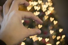 Learn how to create pretty bokeh designs for a not-so-boring image! Pretty little hearts