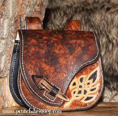Escarcelle celtique à accrocher à la ceinture : Autres sacs par petite-fabrique-yggdrasill