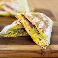 Tortillas, Breakfast Dishes, Breakfast Recipes, Comida Diy, Good Food, Yummy Food, Cooking Recipes, Healthy Recipes, Diy Food