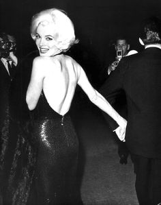 Marilyn Monroe at the Golden Globe Awards, March 5th 1962.