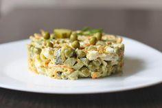 Святковий салат з куркою і горошком - ідеальний варіант салату  #салаты #кулинария #рецепты #блюда