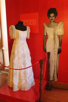 8c2f172da2 Philippine terno exhibit - Maria Clara gown - Wikipedia