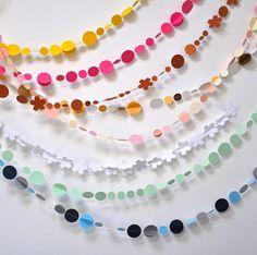 korálky nebo barev. papír