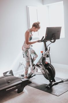 peloton cycle ®  the only indoor exercise bike with live