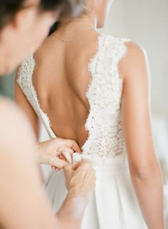 Getting ready: http://www.stylemepretty.com/2014/12/19/glamorous-french-riviera-wedding/ | Photography: Greg Finck - http://www.gregfinck.com/