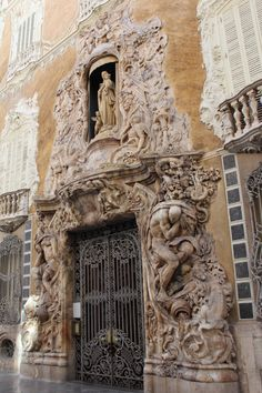 Valencia, Spain: The amazingly ornate doorway of the Palace of the Marqués de Dos Aguas in Valencia Weekender, Spain Honeymoon, Backpacking Spain, Valencia City, Spain Culture, Valence, Europe On A Budget, Spain Holidays, Spain And Portugal
