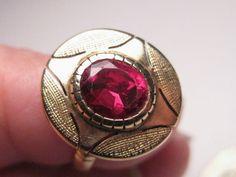 Vintage Edwardian (Gothic) 14kt gold RUBY ring, size 6.25, 4.2 gr, est. 1.25CTW