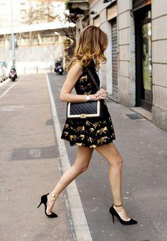 #chanel #gold #bag Image credit: The Blonde Salad
