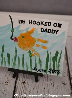 Hooked on Daddy Handprint Fathers Day Gift So doing this with the kiddos for my hubby.