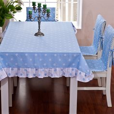 #TableCloths #AmazingTableCloths #TableClothIdeas Check this board for ideas when you want to do something new with the tablecloths on your tables.