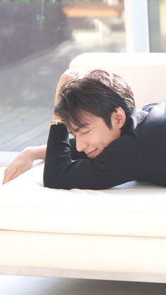 Korean Male Actors, Korean Men, Korean Wave, Lee Min Ho Photos, Song Joong Ki, Boys Over Flowers, Korean Language, No One Loves Me, Minho