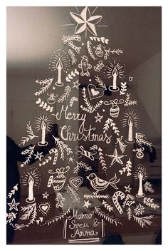 Christmas window picture painted with chalk. Thanks happy serendipity! Christmas Salon, Christmas Projects, Christmas Home, Christmas Window Decorations, Holiday Decor, Illustration Noel, Diy Weihnachten, Chalkboard Art, Handmade Home