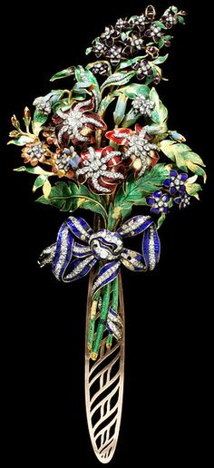 An antique gold, enamel and diamond bodice ornament, Spanish, Spray ornament of a bouquet of flowers tied with a bow, enamelled gold with diamonds. The back fitted with a detachable hook for fastening to the bodice. Gems Jewelry, Fine Jewelry, Antique Jewelry, Vintage Jewelry, Victorian Jewelry, Antique Gold, Rose Cut Diamond, Belle Epoque, Jewelry Design