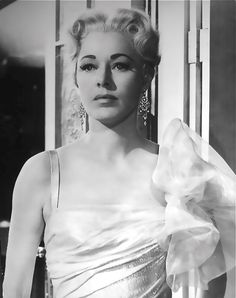 ELEANOR PARKER-the baroness-The Sound of Music