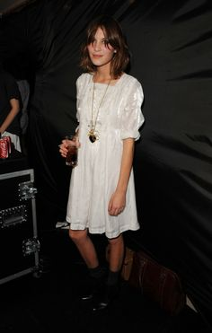Alexa Chung DJs at the launch of FORM Menswear at... - Alexa Chung Inspiration
