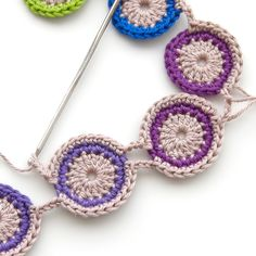 TheCurioCraftsRoom: Free Crochet Pattern: Peacock Eye Necklace
