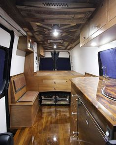 35 Monochrome RV Decor Idea to Create Beautiful Ambience Van Interior, Camper Interior, Interior Ideas, Van Dwelling, Van Home, Sprinter Camper, Van Living, Wood Interiors, Narrowboat Interiors