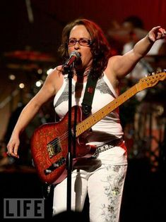 Teena Marie (born Mary Christine Brockert, March 1956 – December R&B singer & composer, actress. Teena Marie grew up in a black neighborhood in west Los Angeles, listening to … Music Icon, Soul Music, My Music, Female Guitarist, Female Singers, Minnie Riperton, Teena Marie, Jazz Hip Hop, Funk Bands