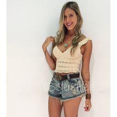 """@sistersatelie's photo: """"❥ ❣ Blusa Crochet 159,00 ❣ Short Boyfriend Detonado 149,00 ❣ Cinto Fivela 69,00 ❣ Bracelete Tiras 25,00 ❣ Mini Colar Macramê Turquesa 35,00 ❣  #summer15 Aceitamos cartão de crédito!!! Parcelamos à partir de 200,00 em 2x até 5x acima de 800,00! **Amex até 3x e compra online até 4x! Desconto de 5% para pagamento em dinheiro!  LOJA FÍSICA: Av. Das Américas, 700 - Città América - Setor Azul 3º piso, 312 B (Subir no elevador da praça principal, fica em cima do Mega Mate…"""