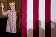 Hillary Clinton hervatte donderdag haar campagne, na haar ziekte, met een…