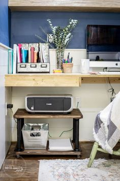 Storage is a breeze with this easy-to-make rolling industrial home office printer cart. Tutorial from North Country Nest… – office life Diy Industrial Interior, Industrial Home Offices, Industrial Interior Design, Industrial House, Industrial Office Storage, Home Office Storage, Home Office Organization, Home Office Design, Home Office Decor