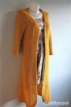 Fabulous Crochet a Little Black Crochet Dress Ideas. Georgeous Crochet a Little Black Crochet Dress Ideas. Crochet Kids Scarf, Gilet Crochet, Crochet Shrug Pattern, Crochet Baby Cardigan, Black Crochet Dress, Crochet Cardigan, Free Pattern, Crochet Gratis, Long Sweaters