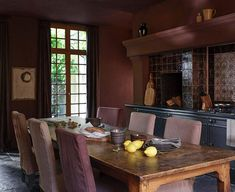 〚 How Zara Home decorated glorious old mansion of Belgian artist Eddie Dunkers 〛 ◾ Photos ◾ Ideas ◾ Design #interiordesign #Homedecor #inspiration #cozy #living #style #space #home #decor #classic #dining