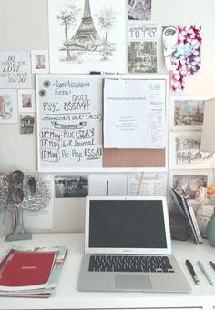 I love the notice board behind this desk