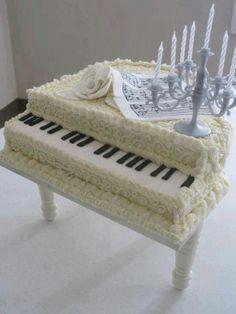 Amazing cakes, wedding or celebration cake, this is amazing artwork!