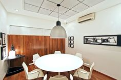 mesa de reuniao redonda
