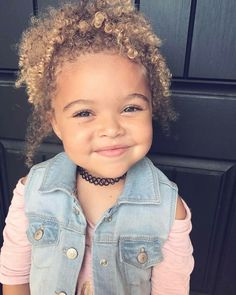 82 fun and sexy hairstyles for naturally curly hair - Hairstyles Trends Cute Mixed Babies, Cute Babies, Beautiful Children, Beautiful Babies, Fashion Kids, Interracial Babies, Baby Family, Pretty Baby, Baby Fever