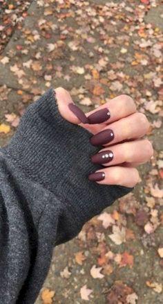 24 super ideas nails design fall autumn nailart Makeup Nails and Beauty Red Burgundy Hair Color, Burgundy Nails, Maroon Nails, Winter Nail Art, Winter Nails, Fall Nails, Acrylic Nails For Fall, Fall Nail Designs, Cute Nail Designs