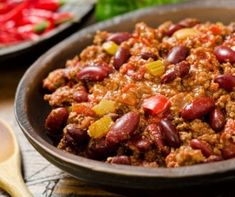 List of 24 delicious and easy clean eating meal prep ideas with links to all recipes! Clean eating meal prep ideas include breakfast, lunch and dinner! Crock Pot Recipes, Pastas Recipes, Healthy Crockpot Recipes, Cooking Recipes, Beef Chili Recipe, Chilli Recipes, Healthy Chili, Clean Eating, Eating Healthy