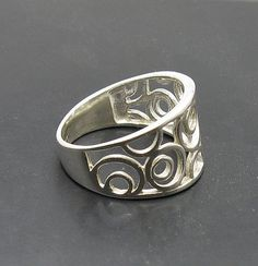 R001023 STERLING SILVER Ring Solid 925 Circles door EmpressSilver