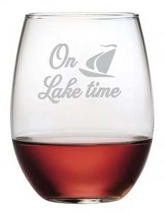 On Lake Time Stemless Wine Glasses ~ Set of 4 Life tends to slow down and take on a relaxed pace when your On Lake Time. Enjoy these cleverly designed stemless glasses at your lake house. They also ma Stemless Wine Glasses, Painted Wine Glasses, Wine In The Woods, Wine Glass Sayings, Pinot Noir Wine, Wine Glass Rack, Wine Rack, Glass Engraving, Wine Baskets