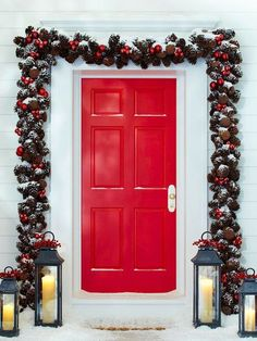 60 Beautifully Festive Ways To Decorate Your Front Porch For Christmas