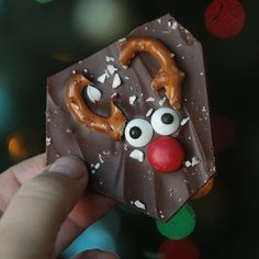 peppermint reindeer bark {super easy recipe}