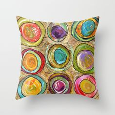 9 eggs Throw Pillow