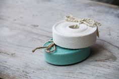 great ribbon for simple kraft wrap