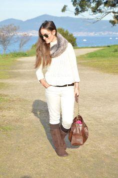 Look invierno #beige #marrón #botas #bolso #tote #cuello #pelo #look #invierno #outfit #look