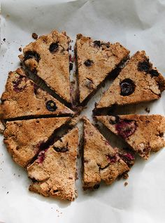 Grain-Free Ginger Cherry Berry Scones (So. Healthy Cake Recipes, Paleo Treats, Healthy Desserts, Real Food Recipes, Dessert Recipes, Gluten Free Scones, Gluten Free Bakery, Vegan Scones, Flax Seed Recipes