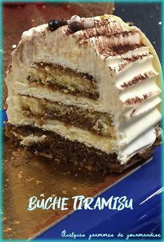 Une bûche aux saveurs du fameux dessert italien Cake Roll Recipes, Dessert Recipes, Beignets, Dessert Table, Biscuits, Mousse, Yummy Food, Sweets, Cookies