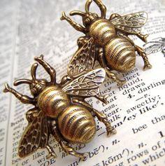 Laiton grande abeille Cufflinks boutons de par CosmicFirefly