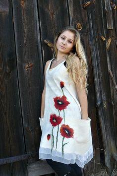OOAK nunofelted white summer tullip's dress with  pockets,handfelted tulip's dress with pockets nunofelted white dress..,..made to order