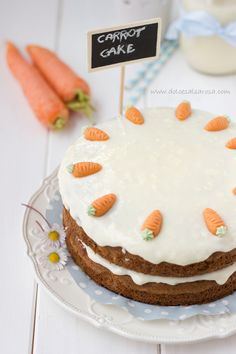 not a huge fan of carrots, but the cake does look delicious Sweet Recipes, Cake Recipes, Dessert Recipes, Cupcakes, Cupcake Cakes, Sweets Cake, Easter Treats, Piece Of Cakes, Easter Recipes